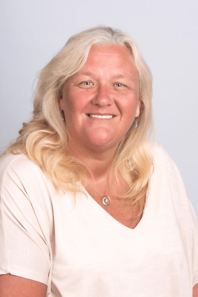 locum dental nurse agency Julie
